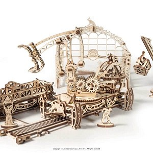 UGears Mechanical Models - Mechanical Rail Manipulator